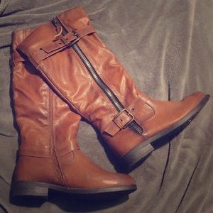 De Blossom Collection brown fall boots